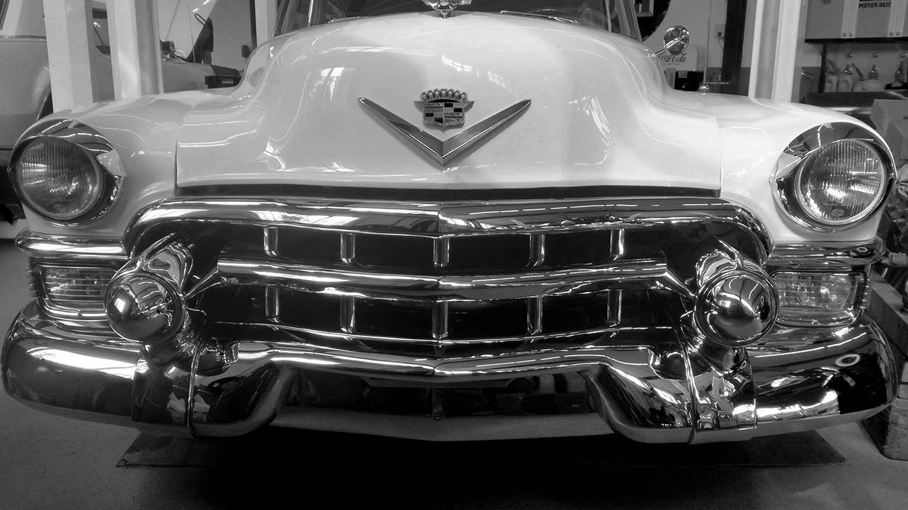 Cadillac 1953 grill